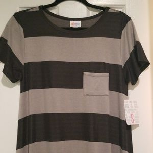 NWT Lularoe Carly S  black & grey